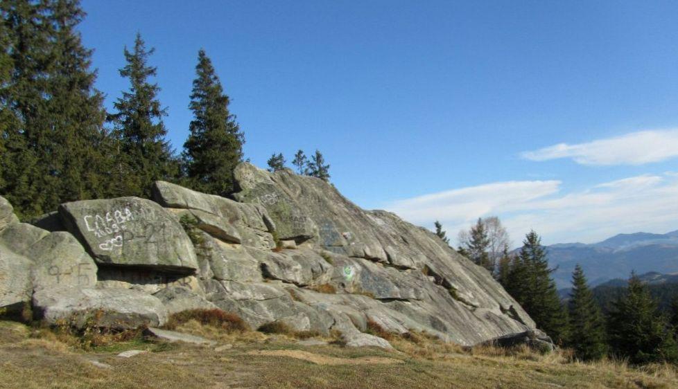 Писаный Камень, Буковец