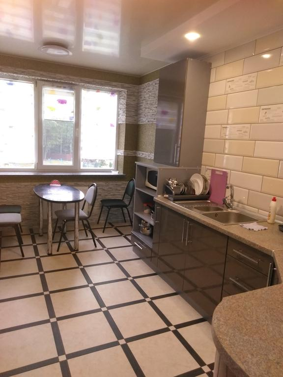 https://www.booking.com/hotel/ua/apartamenti-truskavets12.ru.html