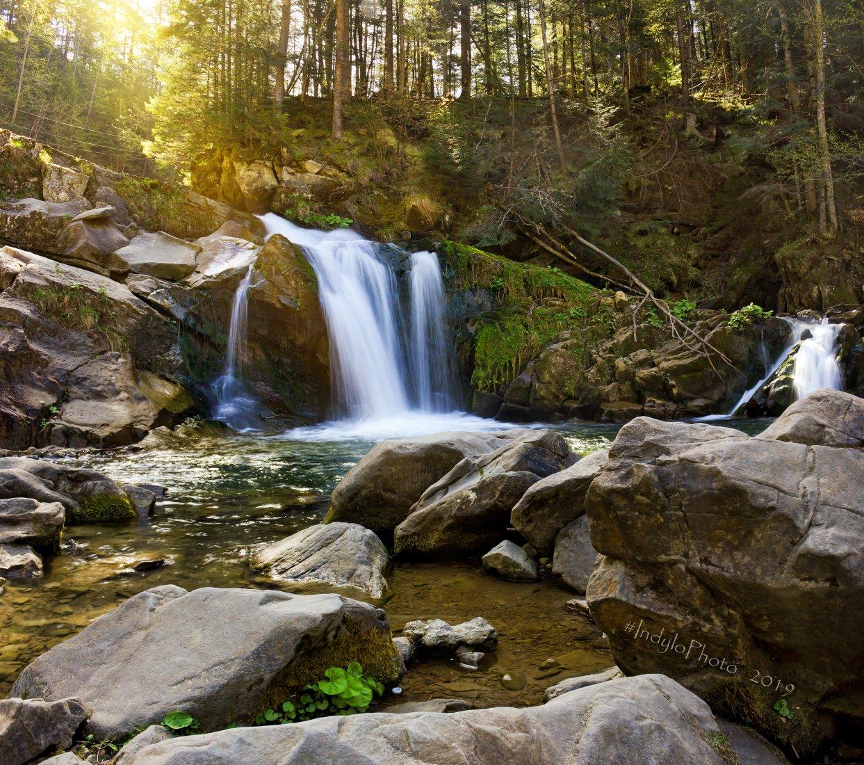 Водопад Камянка фото