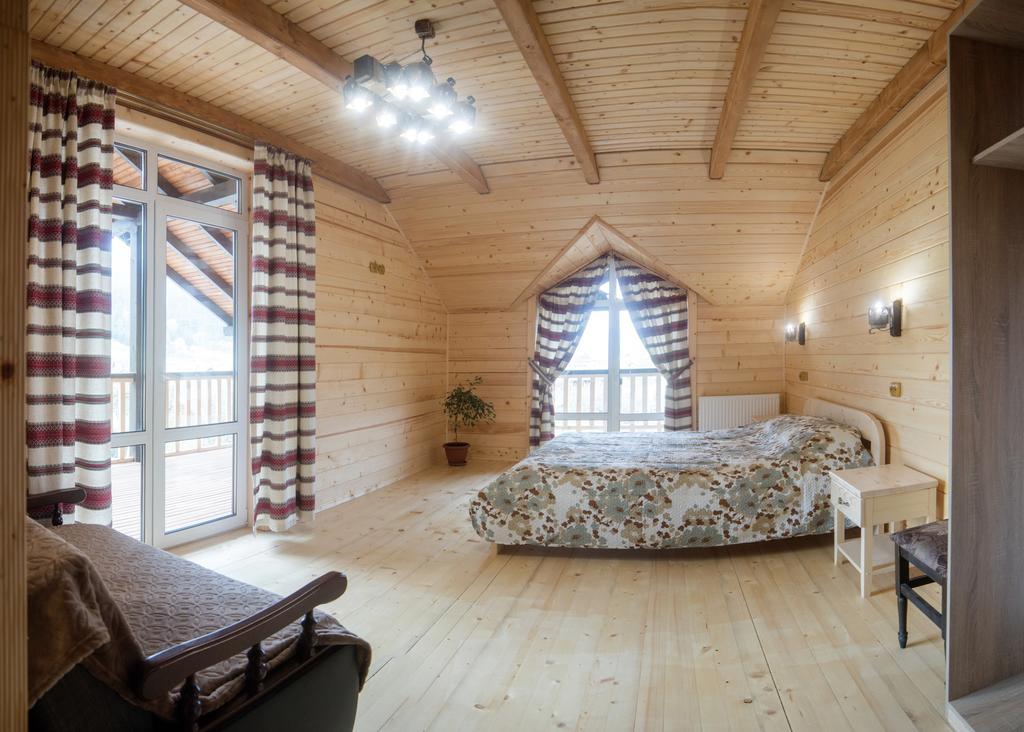 Дом Karpatska Oselia Верховина