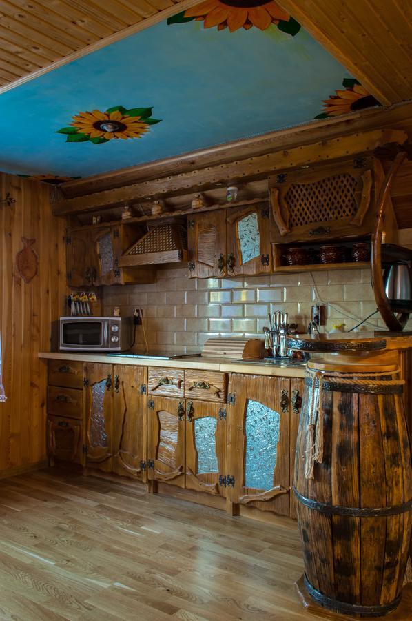Дом Synevyrskyj Chardash Синевир